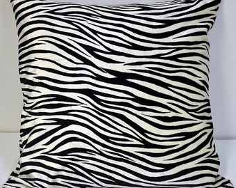 Zebra velvet pillow cover in 50 X 50cm