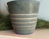 Green flower pot or matte handmade planter. Indoor clay planter Outdoor garden pot. Decorative planter. Pottery flower pot. Ceramic planter.