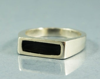 Silver Black Ring - Sterling silver signet ring, Stamp Ring, Black enamel ring, Silver signet ring, Fashion ring, Black jewelry