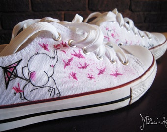 Personalized shoes / Animal painted shoes - Elephant shoes / Japanese style - Sakura and Origami theme