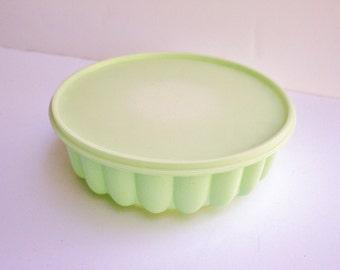 Vintage Retro 1960s 70s Tupperware Sea Foam Mint Green Pastel Plastic Jello Mold
