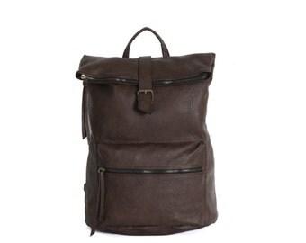 Vintage Love, Leather Backpack (Dark Brown)