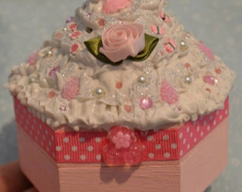 Wooden Pink Kitty Decoden Trinket Box