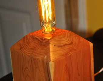Red Cedar Accent Lamp with Edison Bulb and Switch