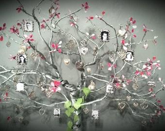 Family Blossoms Photo Tree