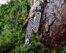 Rune pendant  Sowelu with Wolf Heads. Viking Runes. Runic pendant. Elder Futhark rune. Sterling Silver rune. Sol sowelu sowilo Sowilu.