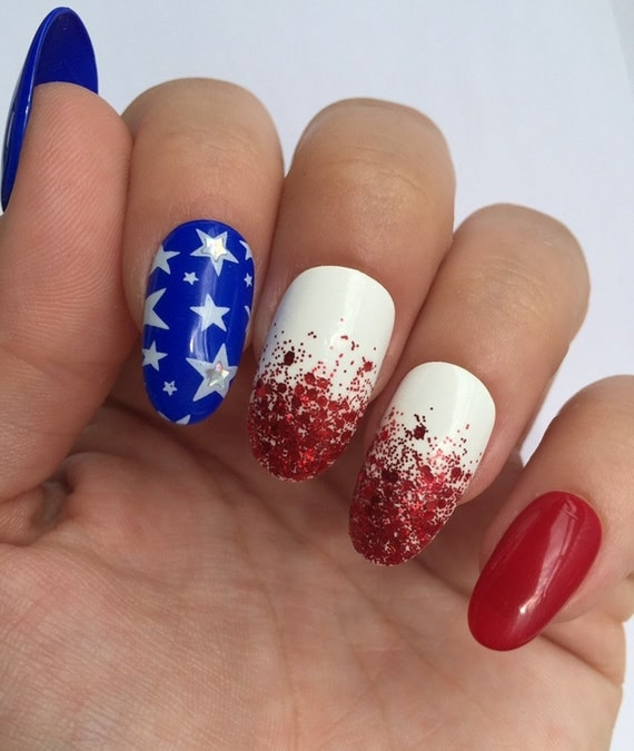 Dynamic Views Very Beautiful And Preity Nails Art Red: July 4 Fourth America Red White Blue Stars Glitter Holo 9