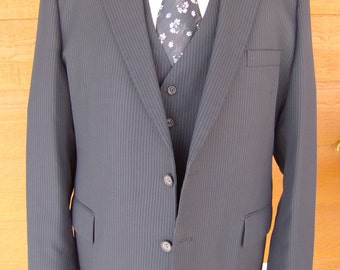 how to spot clean a suit jacket