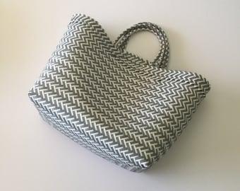 Straw-like Beach Tote, Beach Bag, Market Bag, Summer Tote, Everyday Handbag, Market Tote