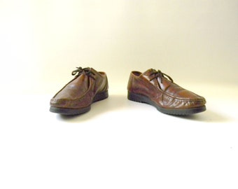 Men's Vintage Brown Leather Shoes / Size 9