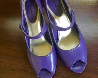 Vintage inspired women pumps // Size 7M