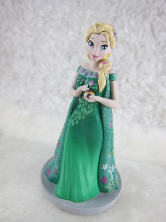 Cake Decor Figurines : Elsa Cake toppers Figurine Frozen CAKE TOPPER Priority Mail