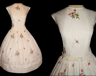 Vintage 50's White Voile PINK ROSES Day Dress // 1950's Novelty Garden Embroidery // Rose Print // Bombshell Party Dress