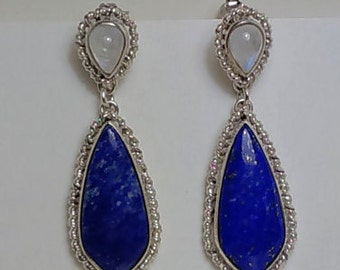 Solid 925 Silver-made earrings with Moonstone and lapis lazuli. Sicilian Goldsmith. Deep blue. Reflections of moon, Sicilian style