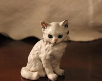 Vintage Ceramic White Cat