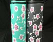 "21oz ""Sakura"" double wall vacuum insulated stainless steel water bottle"