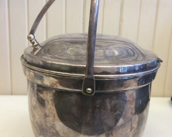 Poole Silver Co. Silver Plate Ice Bucket