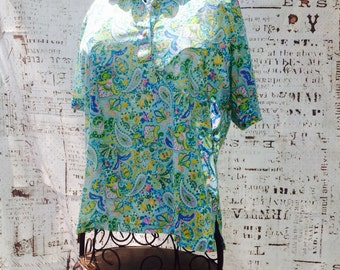 FUNKY VINTAGE HIPPIE Floral Paisley Button up Blouse Lots Of Blue