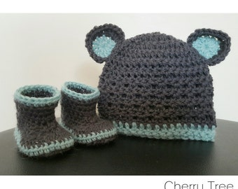 Booties & Beanie with Bear Ears - 100% Pure Wool (Charcoal/Spearmint)