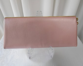 Vintage Pearlescent Baby Pink Clutch Purse  Clutch Bag with side Kiss Lock 1960's  #20023