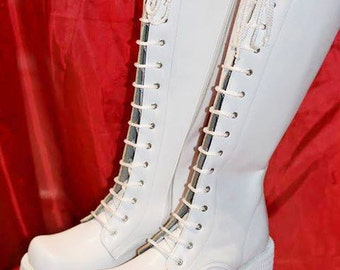 White Leather boots for Women/Leather boots/Leather boots with clasps/Gothic boots/Steampunk boots/Steampunk boots/Designer leather boots