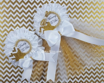 White and Gold Baby Shower Mommy to be Pin/White and Gold Baby Shower Mommy to be Corsage/White and Gold Baby Shower Pin/Mommy to be Pin