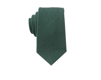 Dark Green Linen Tie.Mens Green Tie.Skinny Tie.Wedding Tie.Groomsmen Tie.Gift