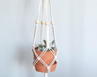 Classic Plant Hanger No.3