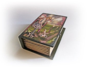 Alice in Wonderland. Alice Book Box. Trinket Box. Jewelry Box. Keepsakebox. Alice Treasure Box. Decoupage Book Box. Personalized Book Box