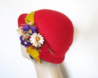 Vintage Red Straw Floral Hat ~ Circa 1940s