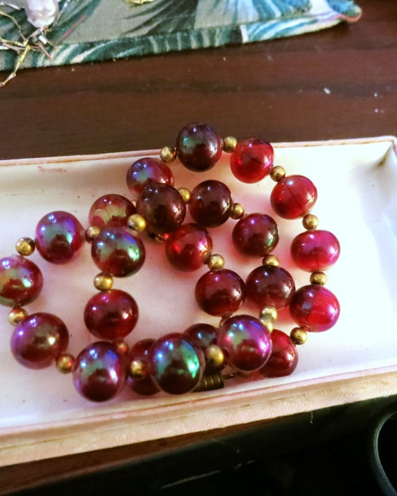 Vintage Early Plastic Lucite Deep Red Iridescent Beaded Necklace