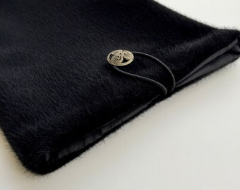 Black Fur Ipad Cover, Black Book Case, Black Ipad air case, Ipad cover, Black Ipad cover, Fur Ipad Bag, Vegan Ipad case, Ipad air case
