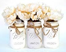 White Gray Jars, Painted Mason Jars, Mason Jar Decor, Mason Jar Vase, Jar Centerpiece, Chic Jar Centerpiece, Boho Jar Decor, Spring Jars