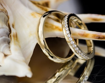 Engagement rings/wedding rings with diamonds. 585 gold. I