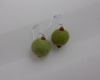 Felt ball Earrings -Retro/Vintage/Natural look Earrings