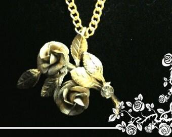Beautiful Gold Rose Diamond jewel