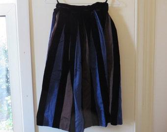 Vintage Elegant Knee-Length Stripe Skirt