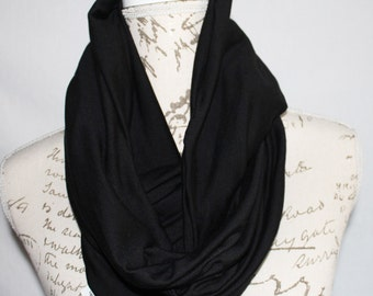 Black Infinity Scarf with Hidden Zipper Pocket / Travel Scarf / Passport Scarf / Mother's Day Gift / Graduation gift / Bridesmaid Gift