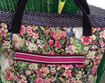 Flower quilted tote