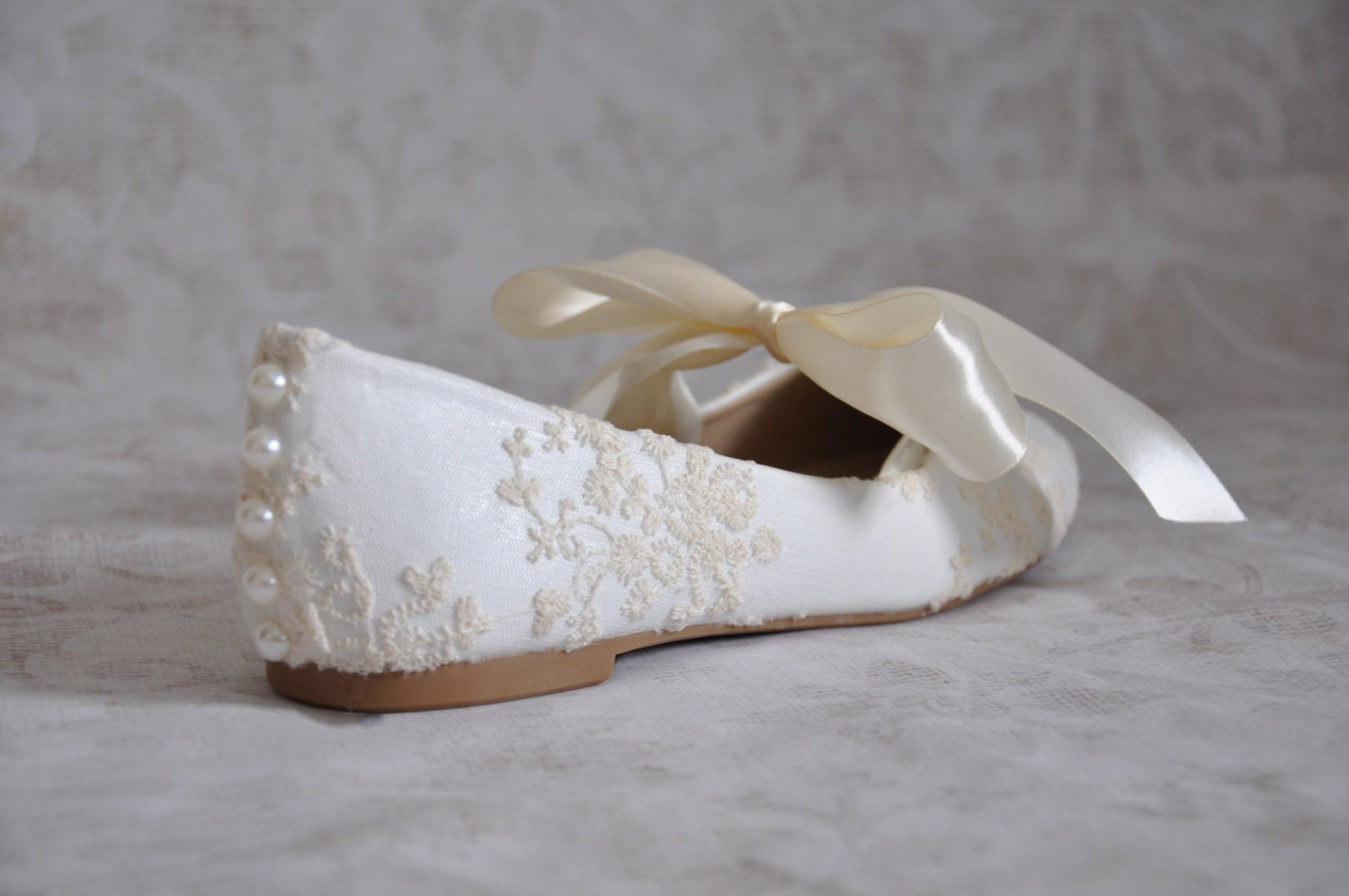 flat lace bridal shoes - photo #11