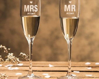 Engraved Personalized Mr & Mrs Champagne Flutes (2pcs)