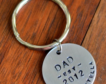 Dad Personalized Custom Metal Keychain Hand Stamped - Gift for Dad, New Baby Gift, Baby Name Gift, Birthday Gift for Dad Father's Day Gift