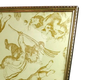 Vintage 8x10 GOLD METAL FRAME Table Top Mid Century Metal Picture Frame Standing Brass Photo Frame
