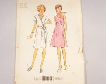 Vintage 1974 Simplicity 6394 Wrap Dress Size 41 Bust Large