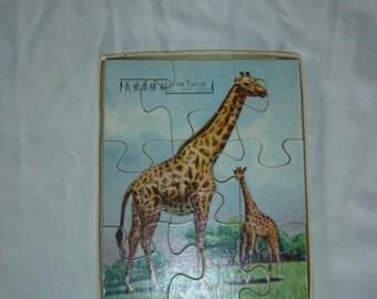 Vieux Puzzle bois Girafe . Jouet ancien. Jeu société. Old wood toy