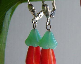 Hanging earrings - Murano glass earrings with real coral