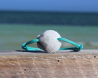 scallop shell seashell jewelry shell jewelry shell bracelet seashell bracelet beach bracelet beach jewelry beachy jewelry beach style sea
