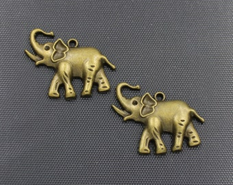 7pcs Elephant Charm Antique Bronze Tone 31x37mm - BH183