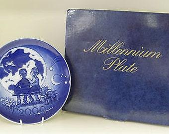 Royal Copenhagen Millennium Plate 2000 - Boxed & Certificate of Authenticity