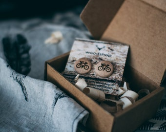 Wooden stud earrings with a Bicycle